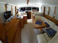 Motorboat Beneteau Swift Trawler 42 for rental