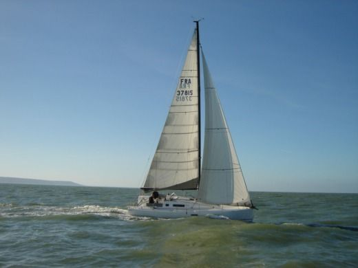 Sailboat Structures Pogo 10.50 for hire