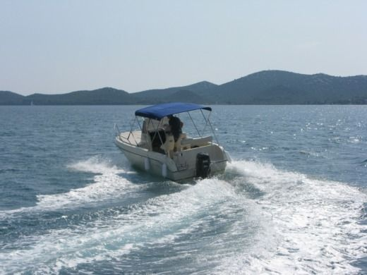 REFUL FLYER 22 SUN DECK in Biograd na Moru for hire