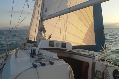 Location Voilier BENETEAU FIRST 325 Port Leucate
