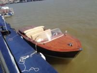 Rental motorboat in Belgrade