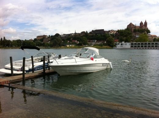 Charter motorboat in Biesheim peer-to-peer