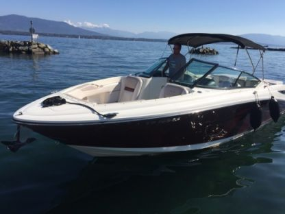 Charter Motorboat Sea Ray 270 Slx Nyon