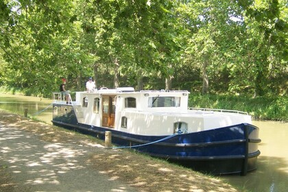 Charter Motorboat France Fluvial EuroClassic 149 Capestang