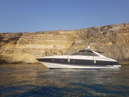Rental Motorboat Sunseeker Camargue 50 Valletta