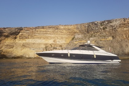 Hire Motorboat SUNSEEKER CAMARGUE 50 Valletta