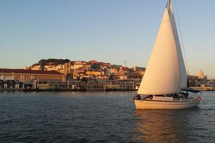 Rental Sailboat BAVARIA 44 Lisbon