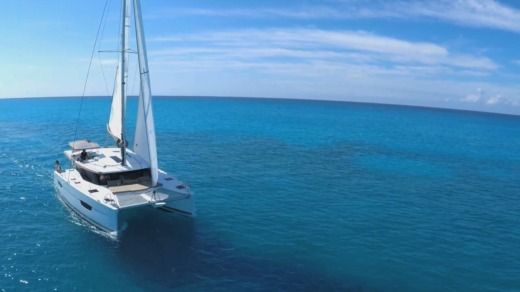 Location Catamaran Fountaine Pajot Lucia 40 Brindisi