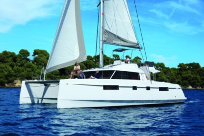 Location Catamaran Nautitech 46 Fly Olbia