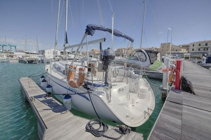 Charter Sailboat Bavaria 30 Cruiser San Vincenzo