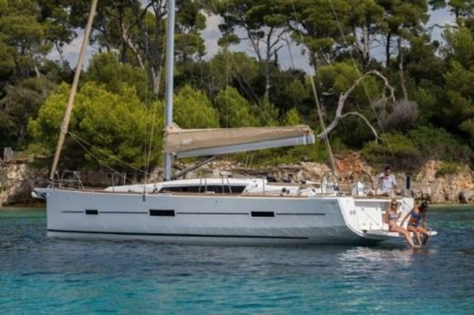 Sailboat DUFOUR 460 GL peer-to-peer