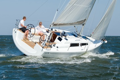 Rental Sailboat HANSE 315 Laveno-Mombello