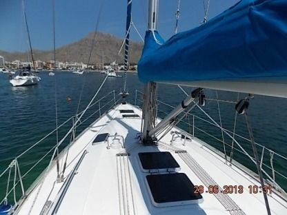 Rental Sailboat Bavaria B/42 Mallorca