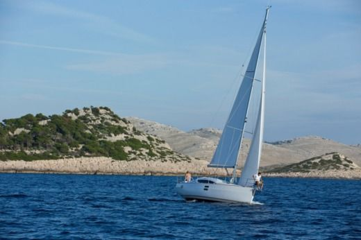 Sailboat Elan Impression I 40 peer-to-peer