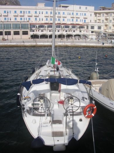 Sailboat Jeanneau Sun Odissey 40 for hire