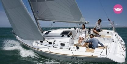 Charter Sailboat Beneteau First 31.7 Q Arzon