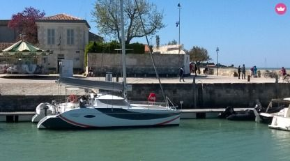 Rental Catamaran Fountaine Pajot Lavezzi 40 La Flotte