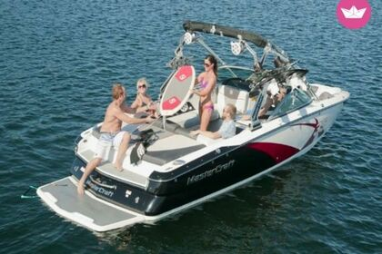 Charter Motorboat MASTERCRAFT X35 Page
