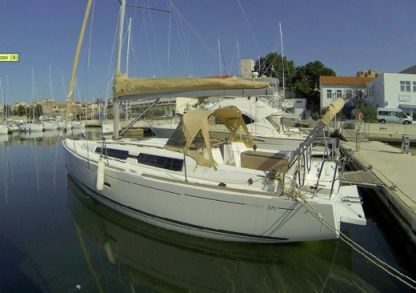 Rental Sailboat Dufour 335 Grand Large Šibenik