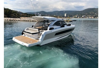 Rental Motorboat Jeanneau Leader 36 Sainte-Maxime