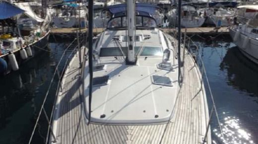 JEANNEAU 54 in Malte peer-to-peer