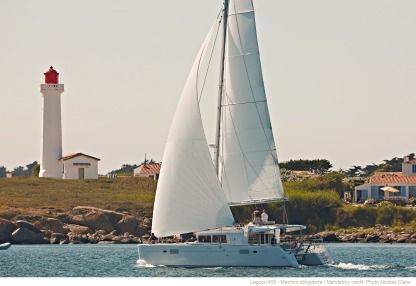 Location Catamaran Lagoon Lagoon 450 Fly Saint-Martin