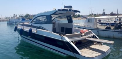 Rental Motorboat Mochi Craft 35 Licata