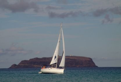 Rental Sailboat Dufour 38.5 Gl Funchal