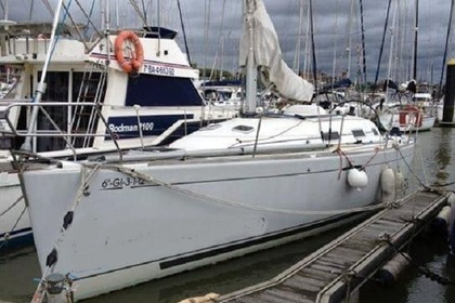 Rental Sailboat Beneteau First 36.7 Getxo