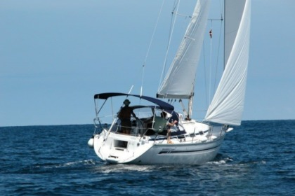Hire Sailboat Bavaria 32 Primošten
