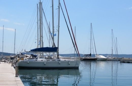 Beneteau Cyclades 43.4 in Kaštela peer-to-peer