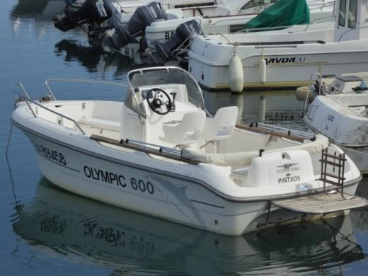 Ocqueteau Open Olympic 600 Diesel in Anglet for hire