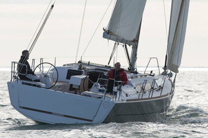 Rental Sailboat DUFOUR 382 GL Athens