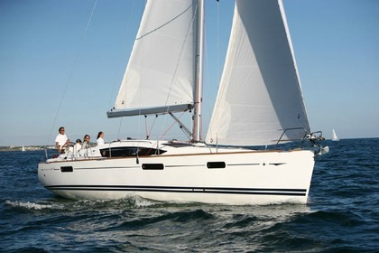 Hire Sailboat JEANNEAU SUN ODESSEY 42 DS Samos