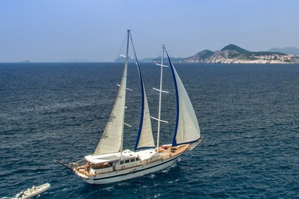 Hire Sailing yacht Custom Built Gulet Fortuna Split