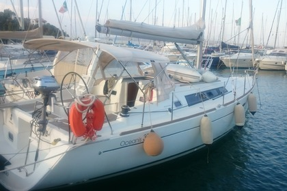 Rental Sailboat BENETEAU OCEANIS 37 Ostia