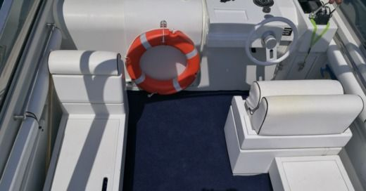 Charter Motorboat Pershing 33 Aft Cabin Saint Paul's Bay