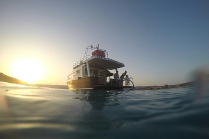 Rental Motorboat Holland Pilot boat converted Gozo