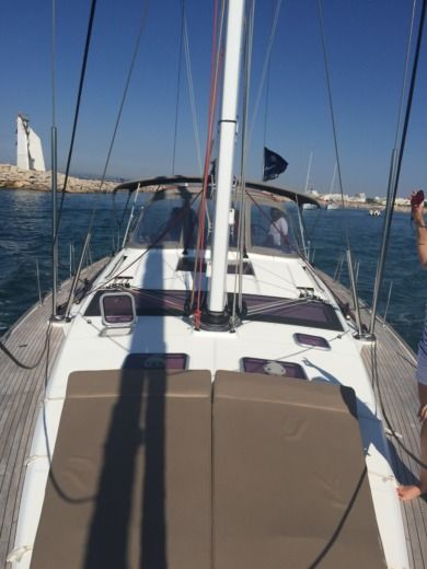 Sailboat JEANNEAU 57 peer-to-peer