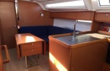 Bavaria 37 in Pula for hire