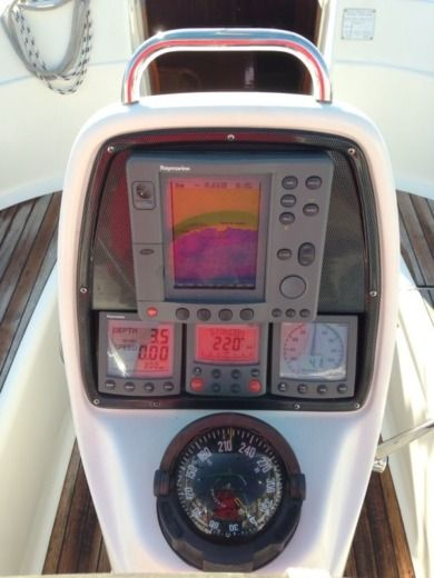 Yates Alemanes Bavaria 3O Cruiser in Sitges for hire