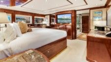 Broward Custom 110 in Marsh Harbour for rental