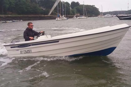 Verhuur Motorboot CRESCENT MONARCH 450 Winner Le Bono