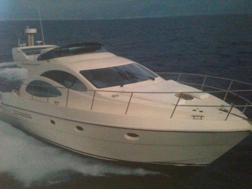 Azimut 42 in Dénia for hire