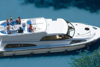 Hire Houseboat PENICHE ROYAL MYSTIQUE A Castelnaudary