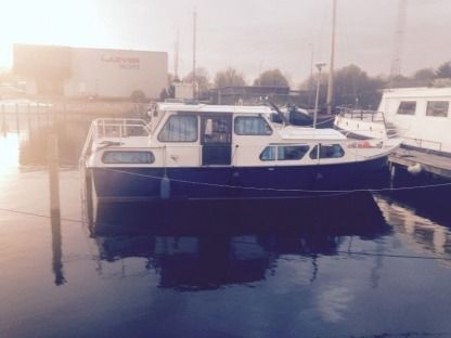 Rental Motorboat Boarncruiser 900Ak Zeewolde