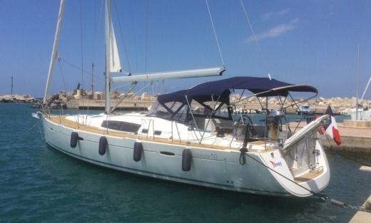 Charter sailboat in Milazzo ME peer-to-peer