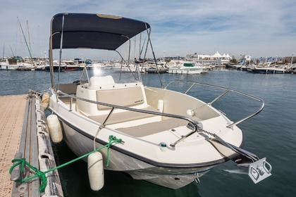 Rental Motorboat SEA YOU 675 ACTIV OPEN QUICKSILVER Marseille
