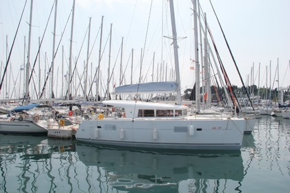 Rental Catamaran LAGOON LAGOON 400 Split