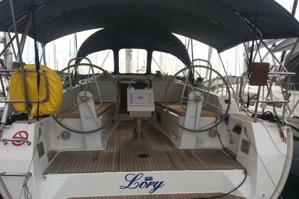 Hire Sailboat BAVARIA 41 Lory Split